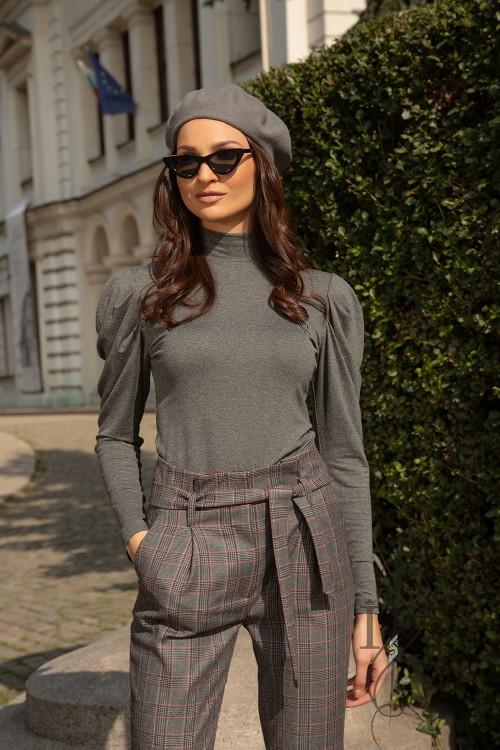 Gray polo with voluminous sleeves