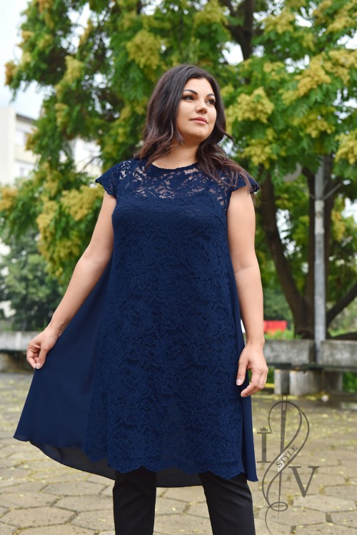 Dark blue tunic with tunic