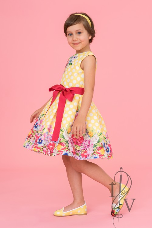 Children's yellow polka-dot dress with belt