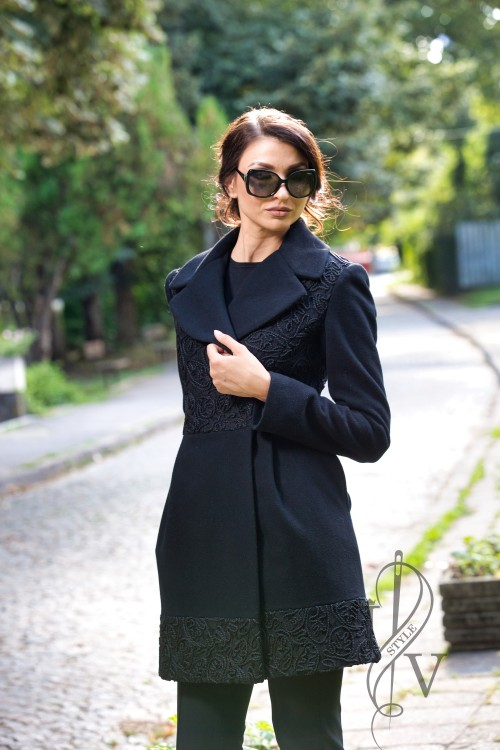 "Coat ""BLACK LACE"""