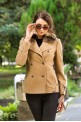 Short coat with a removable fur collar