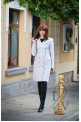 Elegant coat with outer pockets