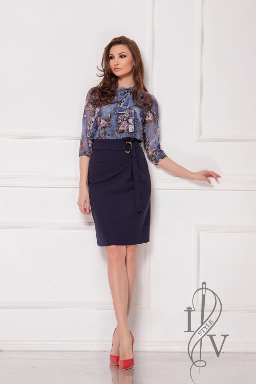 Dark blue georgette skirt with buckle