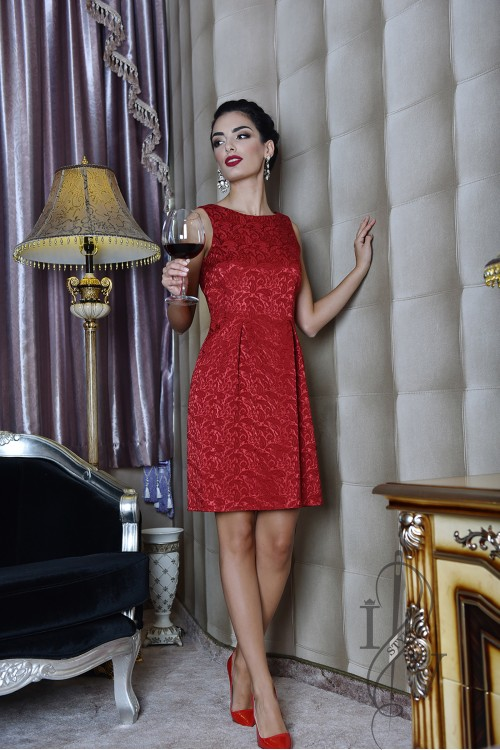 Red jacquard dress