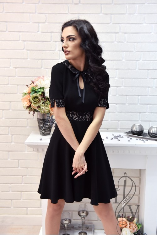 Dress  with GROW tie and lace