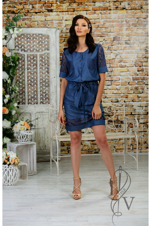 Sporty-elegant dress of denim and lace