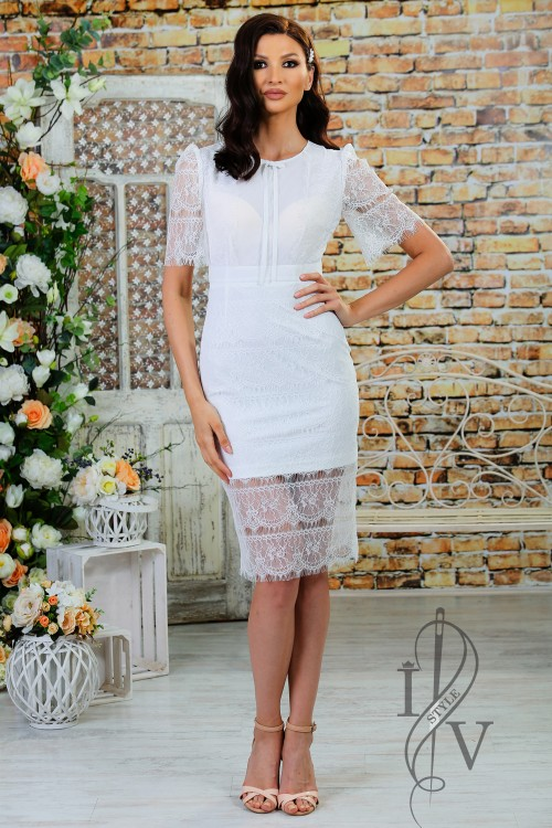 "Impressive Dress ""Fantasy in White"""