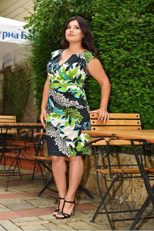 Раздвижена рокля щампа листа