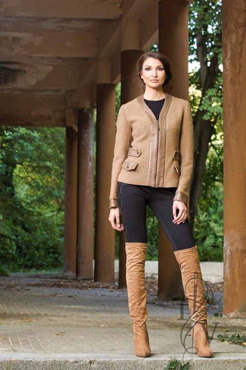 Бутиково сако с цип кожени елементи