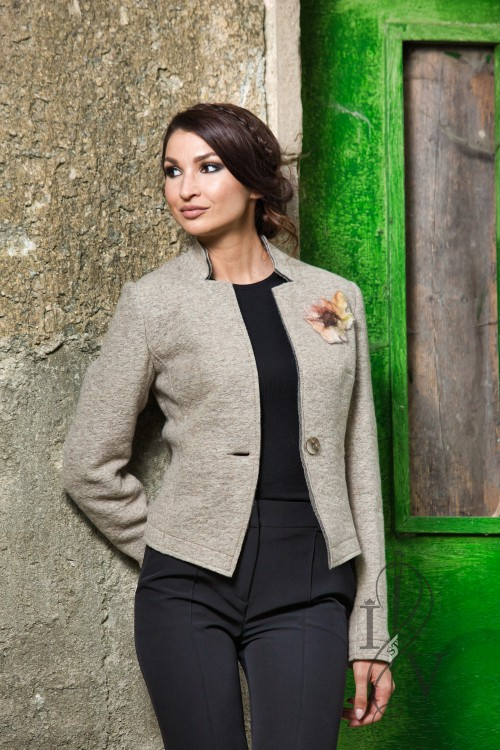 "Jacket ""SIMPLY TAUPE"" with flower"